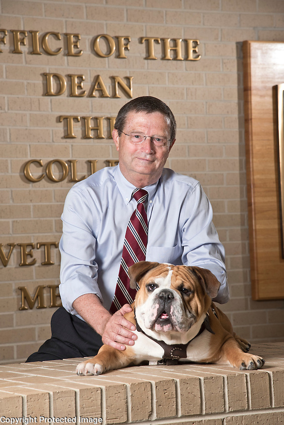 College of Veterinary Medicine dean, Dr. Kent Hoblet with Jak.