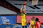 Ian Hummer (EWE Baskets Oldenburg) wirft zum Korb, EWE Baskets Oldenburg vs. Brose Bamberg, easycredit Basketball-Bundesliga, Viertelfinal Rueckspiel, 20.06.2020. nph0001 Foto: Eibner/Memmler/Pool/nordphoto
