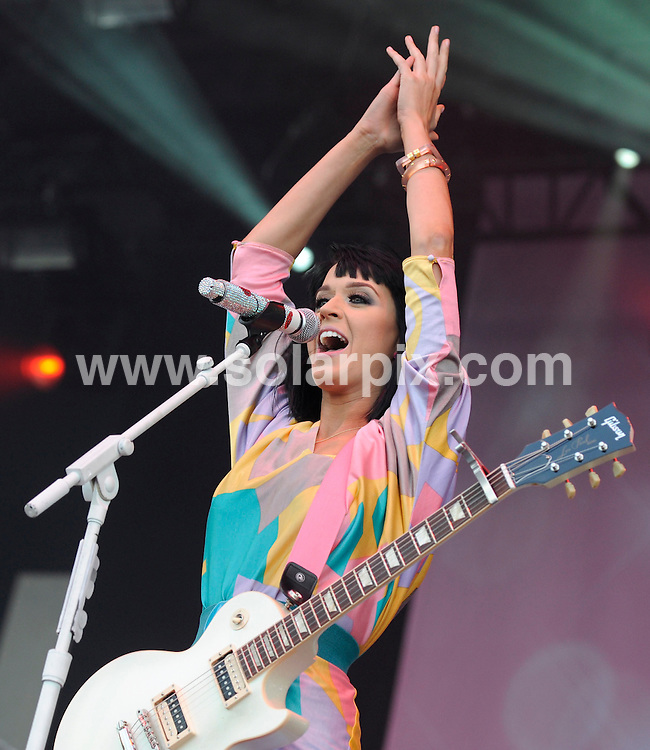 **ALL ROUND PICTURES FROM SOLARPIX.COM**.**SYNDICATION RIGHTS FOR UK AND SPAIN ONLY**.The Hurricane festival in Scheessel in Germany. .This pic:  Katie Perry.JOB REF:   9295    CPR / ddp        DATE:  20.06.09.**MUST CREDIT SOLARPIX.COM OR DOUBLE FEE WILL BE CHARGED**.**ONLINE USAGE FEE GBP 50.00 PER PICTURE - NOTIFICATION OF USAGE TO PHOTO @ SOLARPIX.COM**.**CALL SOLARPIX : +34 952 811 768 or LOW RATE FROM UK 0844 617 7637**