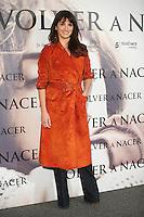 """ATENCAO EDITOR IMAGEM EMBARGADA PARA VEICULOS INTERNACIONAIS - PENELOPE CRUZ - VENUTO AL MONDO - A atriz espanhola Penelope Cruz durante sessão de fotos para divulgar o filme """"Volver Nacer a"""" (Venuto Al Mondo), no Mauro Hotel em Madri capital da Espanha, nesta quinta-feira, 10. (FOTO: CESAR CEBOLLA / ALFAQUI /  BRAZIL PHOTO PRESS)."""
