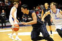 GRONINGEN - Basketbal, Donar - Vitautas, Champions League,  seizoen 2017-2018, 19-09-2017, Donar speler Arvin Slagter met Vytautas  speler  Karlis Apsitis