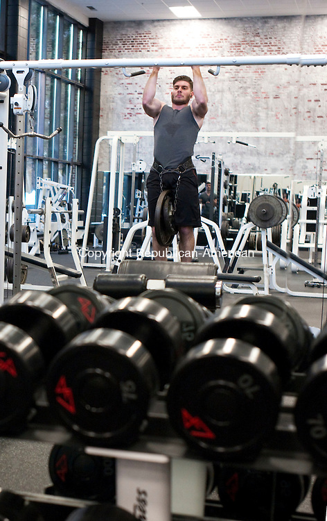 Middlebury, CT- 01 January 2016-010116CM02- Michael Cutrali of Middlebury works out at Catalyst Health & Fitness in Middlebury on Friday. Cutrali was one of the members who was starting the New Year by exercising at the club. Christopher Massa Republican-American