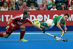 ENG - London, England, August 29: During the men bronze medal match between Ireland (green) and England (red) on August 29, 2015 at Lee Valley Hockey and Tennis Centre, Queen Elizabeth Olympic Park in London, England. Final score 4-2 (2-2). (Photo by Dirk Markgraf / www.265-images.com) *** Local caption *** David CONDON #22 of England, Jonathan BRUTON #25 of Ireland