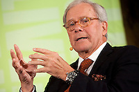 TOM BROKAW in conversation with Paul Holdengraber