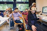 Utrecht, 29-9-2016, Nederlands Film Festival. VR Workshop met scholieren in het HCK. Photo: Nichon Glerum