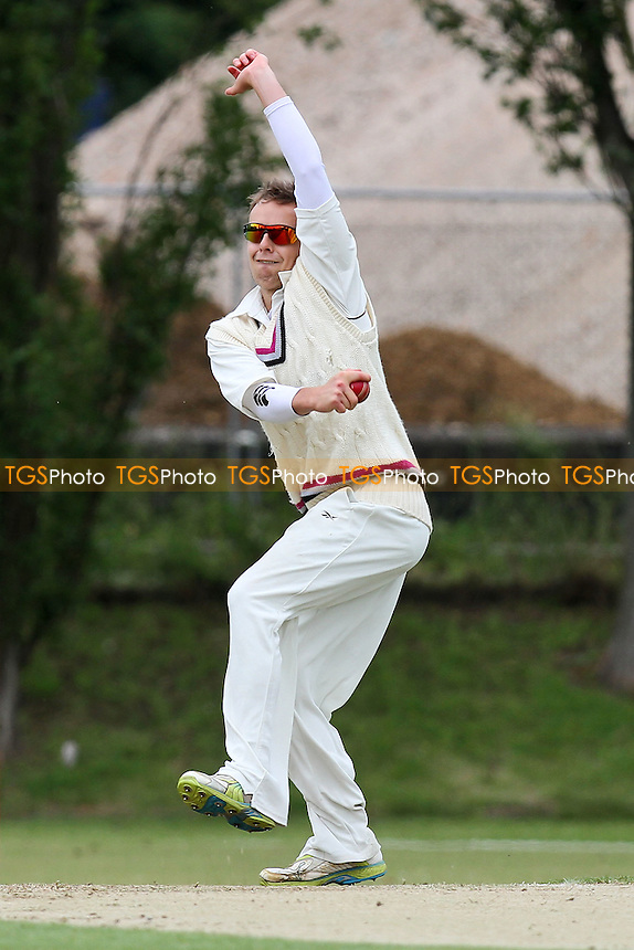 Tom Blundell in bowling action for Colchester - Colchester & East Essex CC vs Ardleigh Green CC - Essex Cricket League at Castle Park - 02/06/12 - MANDATORY CREDIT: Gavin Ellis/TGSPHOTO - Self billing applies where appropriate - 0845 094 6026 - contact@tgsphoto.co.uk - NO UNPAID USE.