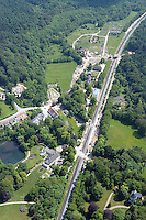 Deutschland, Schleswig-Holstein, Aumuehle, Friedrichsruh, Am Saegewerk, Strassenumbau, Bahnstrecke