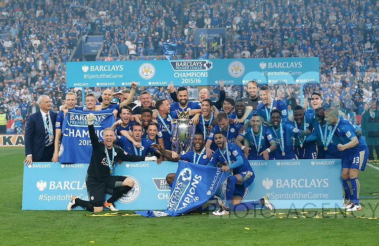Leicester's players celebrate with the trophy during the Barclays Premier League match at the King Power Stadium.  Photo credit should read: David Klein/Sportimage