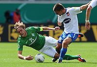 FUSSBALL   DFB POKAL   SAISON 2011/2012  1. Hauptrunde FC Heidenheim - Werder Bremen              30.07.2011 Clemens Fritz (li, SV Werder Bremen) gegen Bastian Heidenfelder (re, 1 FC Heidenheim 1846)