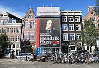 Nederland  Amsterdam  2016. Hendrik Huys. Pand bij de Prins Hendrikkade wordt verbouwd tot 3 luxe appartementen.  Foto Berlinda van Dam / Hollandse Hooogte.
