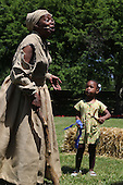 Parcicipants were transported back in time to the 1869 Battle of Nashville Saturday afternoon as the DuSable Museum hosted the 2nd annual Civil War Family Day in Washington Park.<br /> <br /> Actress, Cynthia Maddox as Harriet Tubman and young Iam Wilson.
