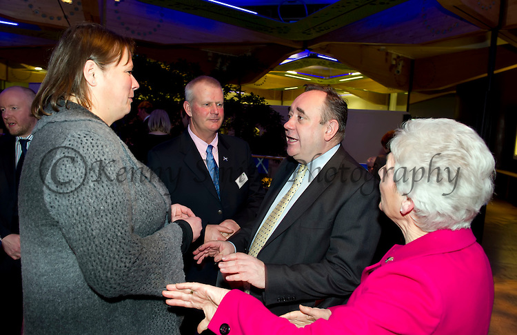 First Minister Alex Salmond hosted a Scottish Sporting for Success Reception at the Botanical Gardens Edinburgh this evening bringing together sportsmen and women together to celebrate the nations successes in Sport. Mr Salmold chats with Sandy Lyle and his wife Jolande..Pic Kenny Smith, Kenny Smith Photography.6 Bluebell Grove, Kelty, Fife, KY4 0GX .Tel 07809 450119,