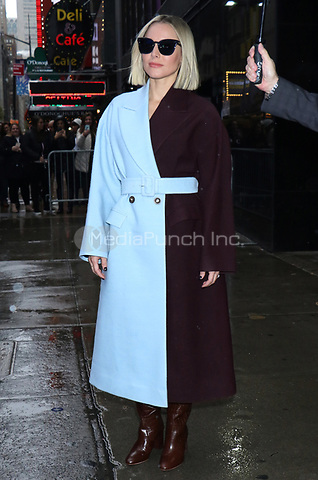 NEW YORK, NY- November 12: Kristen Bell seen at ABC's Good Morning America promoting Disney's Frozen 2 on November 12, 2019 in New York City. Credit: RW/MediaPunch