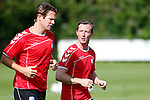 Nederland, Utrecht, 30 juni 2012.Eerste training van FC Utrecht .Cedric van der Gun (r.) en Alje Schut van FC Utrecht