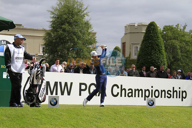Bernd Wiesberger (AUT) tees off on the 1st tee to start his round on Day 2 of the BMW PGA Championship Championship at, Wentworth Club, Surrey, England, 27th May 2011. (Photo Eoin Clarke/Golffile 2011)