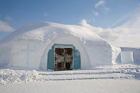 Sweden, SWE, Kiruna, 2006-Apr-12: Exterior view of the chapel belonging to the Jukkasjarvi icehotel.