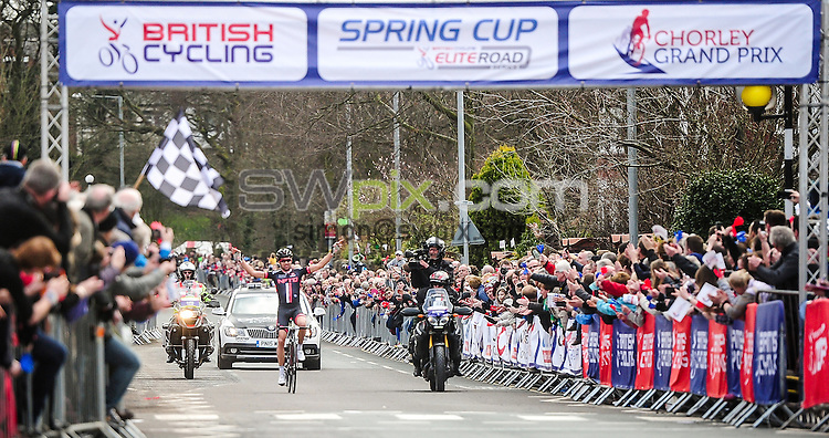 Picture by Simon Wilkinson/SWpix.com - 04/04/2015 - British Cycling - Spring Cup Elite Series - Chorley Grand Prix, Chorley, England - NFTO's Ian Bibby celebrates the win.