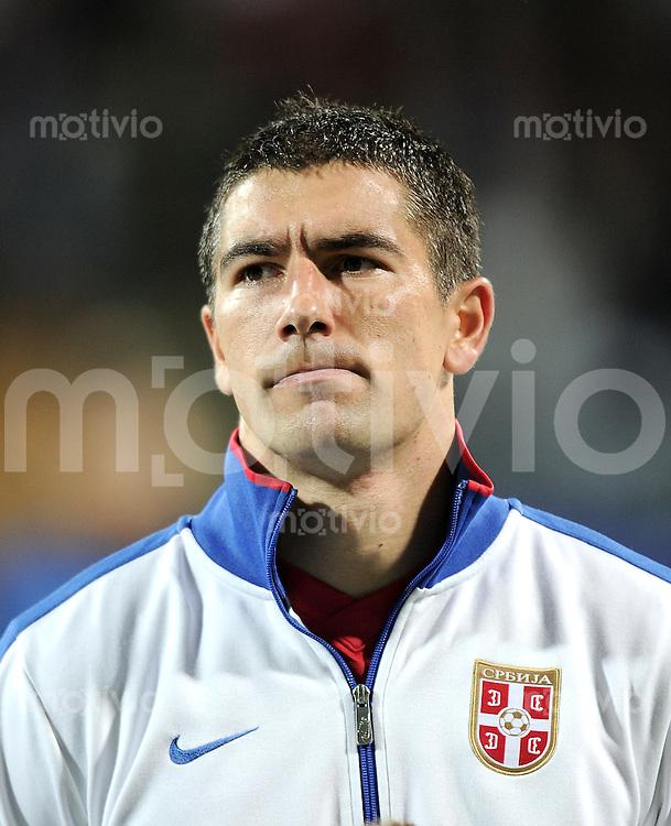 FUSSBALL INTERNATIONAL  Qualifikation Euro 2012  11.10.2011 Slowenien - Serbien Aleksandar KOLAROV (Serbien)