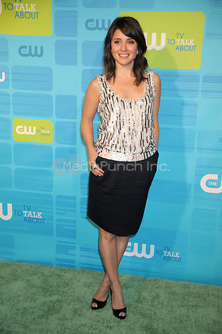 Shiri Appleby at the 2010 CW Upfront Green Carpet Arrivals at Madison Square Garden in New York City. May 20, 2010.Credit: Dennis Van Tine/MediaPunch