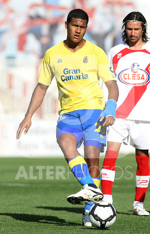 Las Palmas' Jose Salomon Rondon during La Liga 2th Division match, April 10 2010. (ALTERPHOTOS/Acero).
