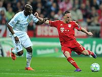 FUSSBALL   CHAMPIONS LEAGUE  VIERTELFINAL RUECKSPIEL   2011/2012      FC Bayern Muenchen - Olympic Marseille          03.04.2012 Stephane Mbia (li, Olympique Marseille) gegen Franck Ribery (FC Bayern Muenchen)
