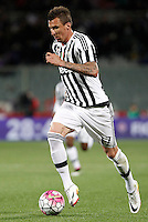 Calcio, Serie A: Fiorentina vs Juventus. Firenze, stadio Artemio Franchi, 24 aprile 2016.<br /> Juventus&rsquo; Mario Mandzukic in action during the Italian Serie A football match between Fiorentina and Juventus at Florence's Artemio Franchi stadium, 24 April 2016. <br /> UPDATE IMAGES PRESS/Isabella Bonotto