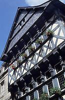 Europe/France/Bretagne/29/Finistère/Quimper : Rue du Salle, maison à encorbellement au n°10