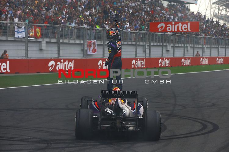 25.-27-10-2013, Jaypee-Circuit, Noida, IND, F1, Grosser Preis von Indien, Noida, im Bild Sebastian Vettel (GER), Red Bull Racing <br /> for Austria &amp; Germany Media usage only!<br />  Foto &copy; nph / Mathis