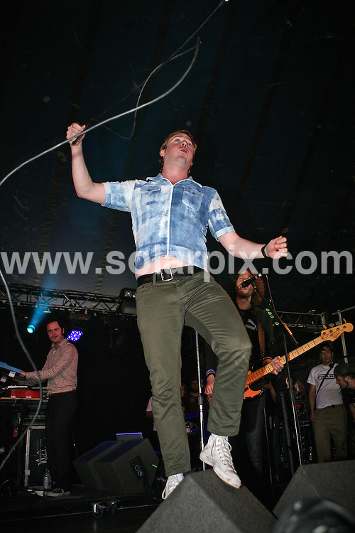 **ALL ROUND PICTURES FROM SOLARPIX.COM**.**WORLDWIDE SYNDICATION RIGHTS**.The Kaiser Chiefs perform a secret show under the alias Hooks For Hands on the Carling stage of the Leeds festival, causing minor stampedes and overcrowding as the word got round...This pic: Kaiser Chiefs ..JOB REF:  4527 SSD     DATE: 25_08_2007.**MUST CREDIT SOLARPIX.COM OR DOUBLE FEE WILL BE CHARGED* *UNDER NO CIRCUMSTANCES IS THIS IMAGE TO BE REPRODUCED FOR ANY ONLINE EDITION WITHOUT PRIOR PERMISSION*