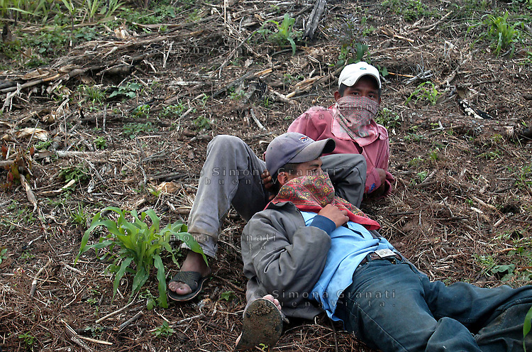 Messico, Chiapas, Gennaio 2008<br /> Comunit&agrave; indigena 24 DICIEMBRE <br /> con terre recuperate<br /> indigenous community lands recovered