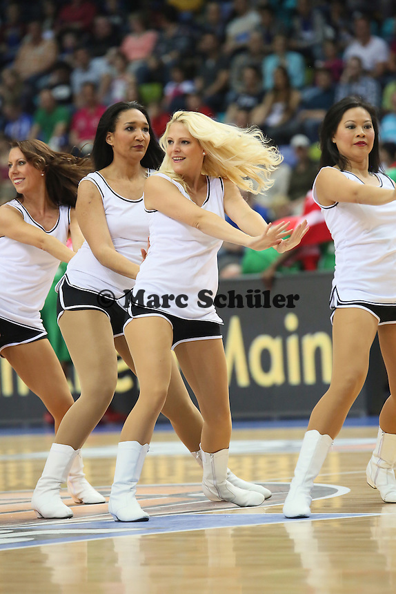Fraport Skyliners Dance Team - Fraport Skyliners vs. TBB Trier, Fraport Arena Frankfurt