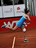 BOGOTÁ - COLOMBIA - 24-02-2013: Jelena Jonkovic de Serbia, en acción en partido por la final de la  Copa de Tenis WTA Bogotá, febrero 24 de 2013. (Foto: VizzorImage / Luis Ramírez / Staff). Jelena Jonkovic from Serbia in action during the final match for the WTA Bogota Tennis Cup, on February 24, 2013, in Bogota, Colombia. (Photo: VizzorImage / Luis Ramirez / Staff).........................................