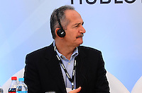 RIO DE JANEIRO, RJ, 12 DE JUNHO DE 2013 -UM ANO PARA A COPA DO MUNDO DA FIFA - O ministro do Esporte, Aldo Rebelo,no evento que marca um ano para o pontapé Copa do Mundo da FIFA Brasil 2014 e inclui uma revelação especial do relógio de contagem regressiva da Hublot, desenhado por Oscar Niemeyer, na Praia de Copacabana, zona sul do Rio de Janeiro.FONSECA/BRAZIL PHOTO PRESS