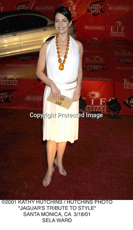 "©2001 KATHY HUTCHINS / HUTCHINS PHOTO.""JAGUAR'S TRIBUTE TO STYLE"".SANTA MONICA, CA  3/18/01.SELA WARD"