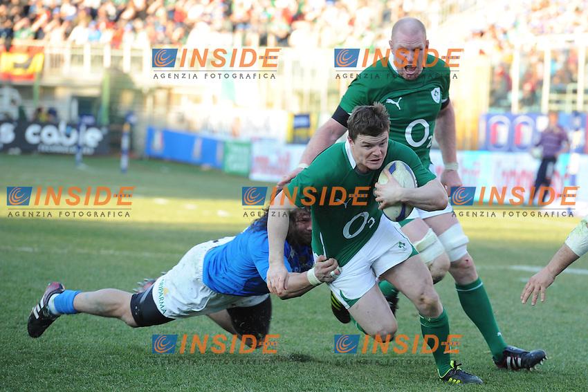 Brian O'Driscoll  (Irlanda)  Martin Castrogiovanni (Italia)<br /> Italia vs Irlanda 11-13<br /> Six Nations Rugby<br /> Stadio Flaminio, Roma, 05/02/2011<br /> Photo Antonietta Baldassarre Insidefoto
