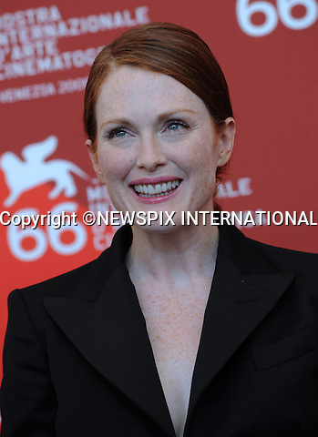 "JULIANNE MOORE.at the  66th Venice Film Festival , Venice_12/09/2009.Mandatory Credit Photo: ©NEWSPIX INTERNATIONAL..**ALL FEES PAYABLE TO: ""NEWSPIX INTERNATIONAL""**..IMMEDIATE CONFIRMATION OF USAGE REQUIRED:.Newspix International, 31 Chinnery Hill, Bishop's Stortford, ENGLAND CM23 3PS.Tel:+441279 324672  ; Fax: +441279656877.Mobile:  07775681153.e-mail: info@newspixinternational.co.uk"