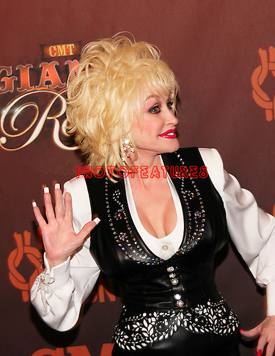 Dolly Parton.. at the CMT TV Giants Honoring Reba McEntire at Kodak Theatre, October 26th 2006...Photo by Chris Walter/Photofeatures