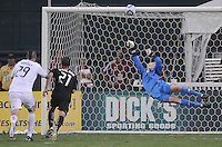 D.C. United goalkeeper Joe Willis (31) dives to make a save. D.C. United defeated The Vancouver Whitecaps FC 4-0 at RFK Stadium, Saturday August 13 , 2011.