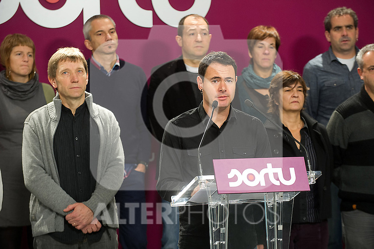 Press conference of the basque separatist political party leader SORTU Hasier Arraiz (c) with Rufi Etxeberria (l) about the citation to the Prosecutor of the High Court of the Basque Country (TSJPV).November 29,2013. (ALTERPHOTOS/Mikel)
