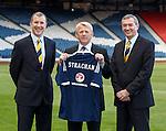 Gordon Strachan with Stewart Regan and Campbell Ogilvie