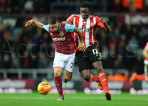 28.12.2015. The Boleyn Ground, London, England. Barclays Premier League. West Ham versus Southampton. West Ham United Midfielder Manuel Lanzini feels pressure from Southampton Midfielder Victor Wanyama