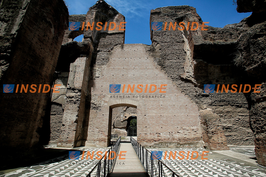 Terme di Caracalla - Baths of Caracalla<br /> Roma 21-06-2016 Terme di Caracalla. Presentazione stampa del restauro del mosaico policromo della Palestra occidentale.<br /> Rome 21st June 2016. Press conference to present the restoration of a new policrhrome mosaic, into the Baths of Caracalla.<br /> Photo Samantha Zucchi Insidefoto