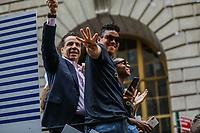 Nova York (EUA), 10/07/2019 -  Governador de Nova York Andrew Cuomo  da Seleção feminina de futebol dos Estados Unidos atual campeão da Copa do Mundo de Futebol Feminino 2019 é recebida pelos torcedores na cidade de Nova York nesta quarta-feira, 10. (Foto: William Volcov/Brazil Photo  Press)