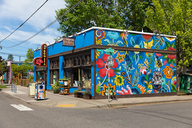 NE Alberta Arts Neighborhood, Portland, OR, USA