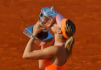 France, Paris, 04.06.2014. Tennis, French Open, Roland Garros, Maria Sharapova (RUS) kissing the trophy after defeating Halep in the final and wins Roland Garros<br /> Photo:Tennisimages/Henk Koster