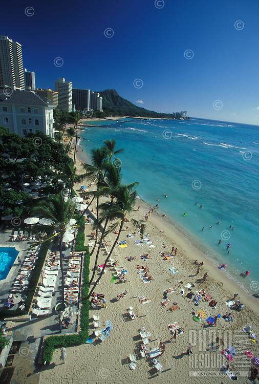 Overview of Waikiki Beach, Sheraton Moana Surfrider Hotel and pool, palm trees, Diamond Head