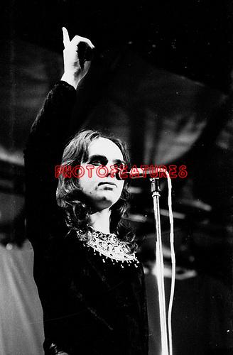 Genesis 1972 Peter Gabriel