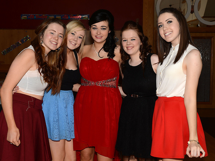 Eimear O'Connor celebrating her 18th birthday in the Thatch with friends Natalie Davitt, Kelsey Hynes, Kaitlyn Davitt and Niamh Dowd. Photo:Colin Bell/pressphotos.ie