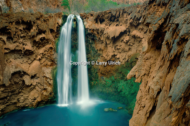 Mooney Falls and Havasu Creek<br />