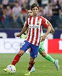 Atletico de Madrid's Oliver Torres (f) and Getafe's Victor Rodriguez during La Liga match.September 22,2015. (ALTERPHOTOS/Acero)
